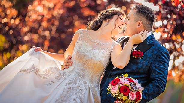 Mama cauta omul pentru nunta Intellos Dating Site.